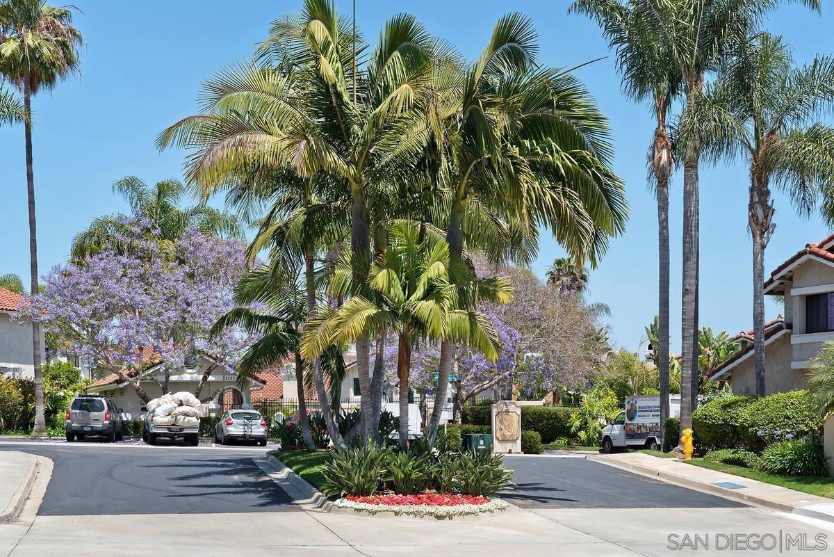 Photo of 7125 Caminito Pantoja, San Diego, CA 92122 (MLS # 210021728)