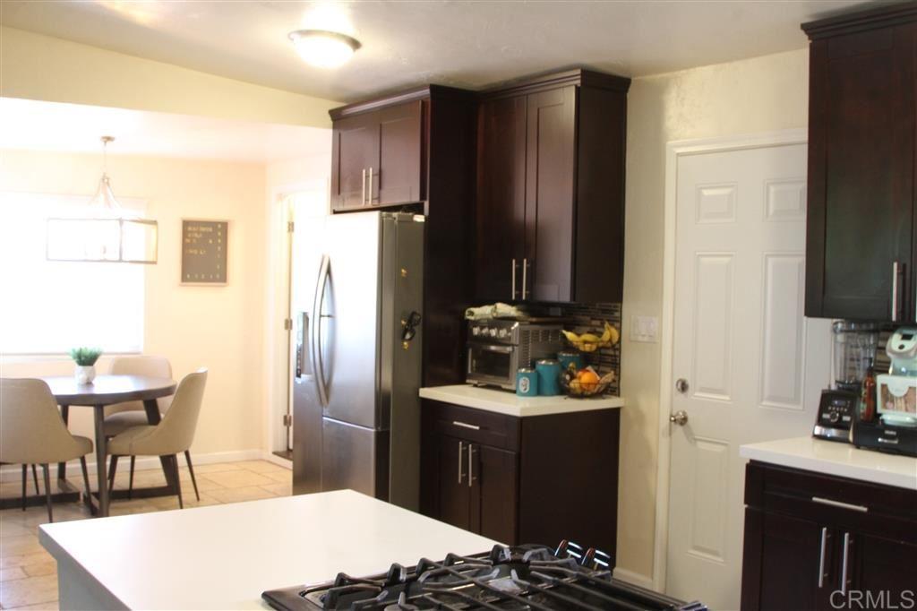 Photo of 422 E Oxford, Chula Vista, CA 91911 (MLS # 200015729)