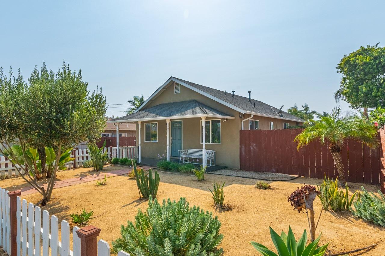 Photo of 517 Brooks, Oceanside, CA 92054 (MLS # 200045729)