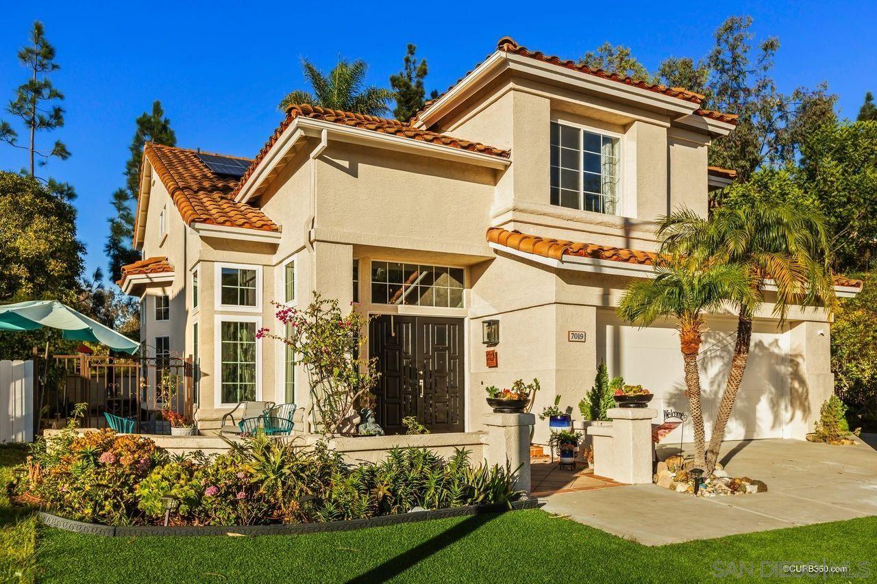 Photo of 7019 Via Candrejo, Carlsbad, CA 92009 (MLS # 200051730)