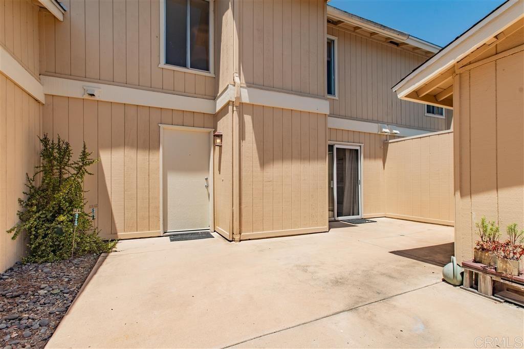 Photo of 1826 Stonebrook Lane, Encinitas, CA 92024 (MLS # 200028735)