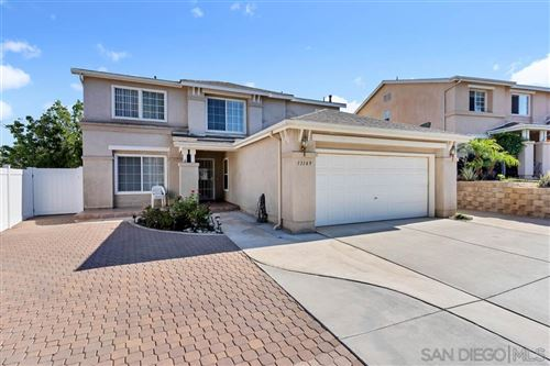 Photo of 13149 Morning Glory Dr, Lakeside, CA 92040 (MLS # 200042737)