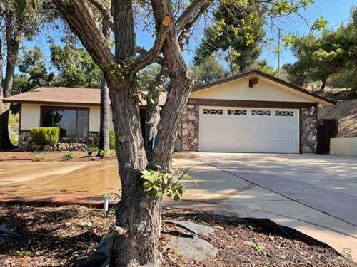 Photo of 3632 Laurashawn Ln, Escondido, CA 92026 (MLS # 210025743)