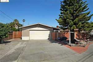 Photo of 7 Island View Dr, Bay Point, CA 94565 (MLS # 301563750)