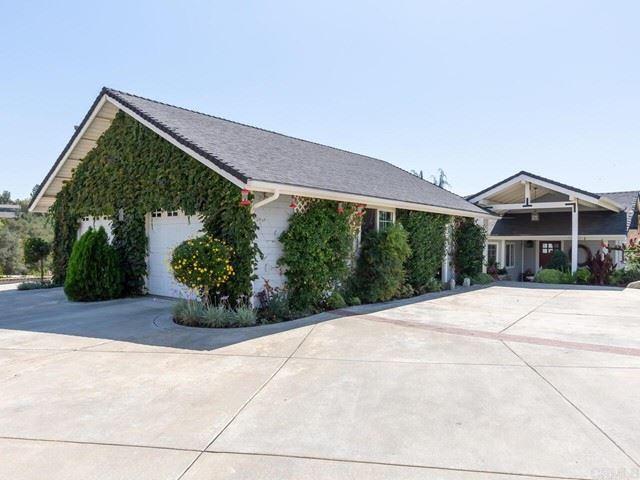 Photo of 3310 Live OaK Park Rd, Fallbrook, CA 92028 (MLS # NDP2110755)