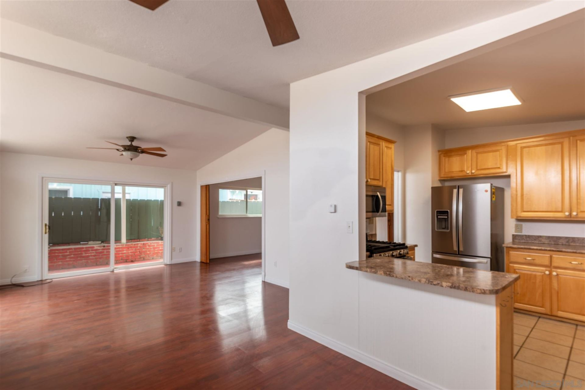 Photo of 323 Donax Ave, Imperial Beach, CA 91932 (MLS # 210021756)