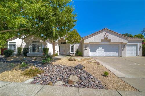 Photo of 13591 SUNSET VIEW RD, Poway, CA 92064 (MLS # 210025765)