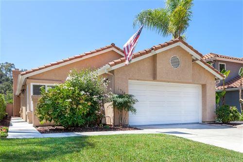 Photo of 1589 Green Oak Rd, Vista, CA 92081 (MLS # 200038767)