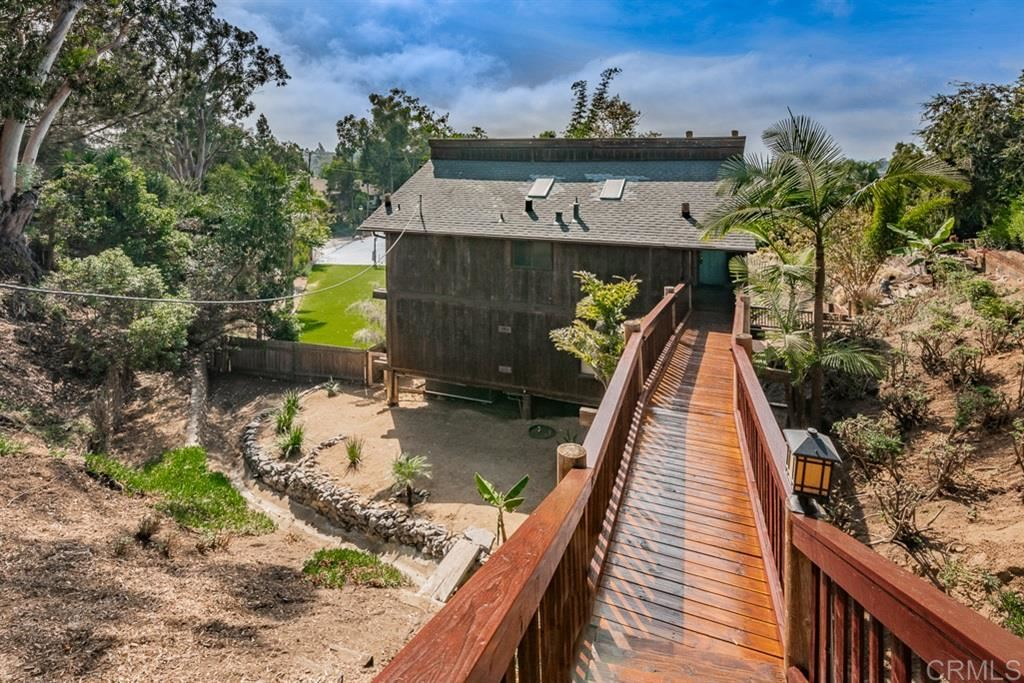Photo of 220 Seeman Dr, Encinitas, CA 92024 (MLS # 200044767)