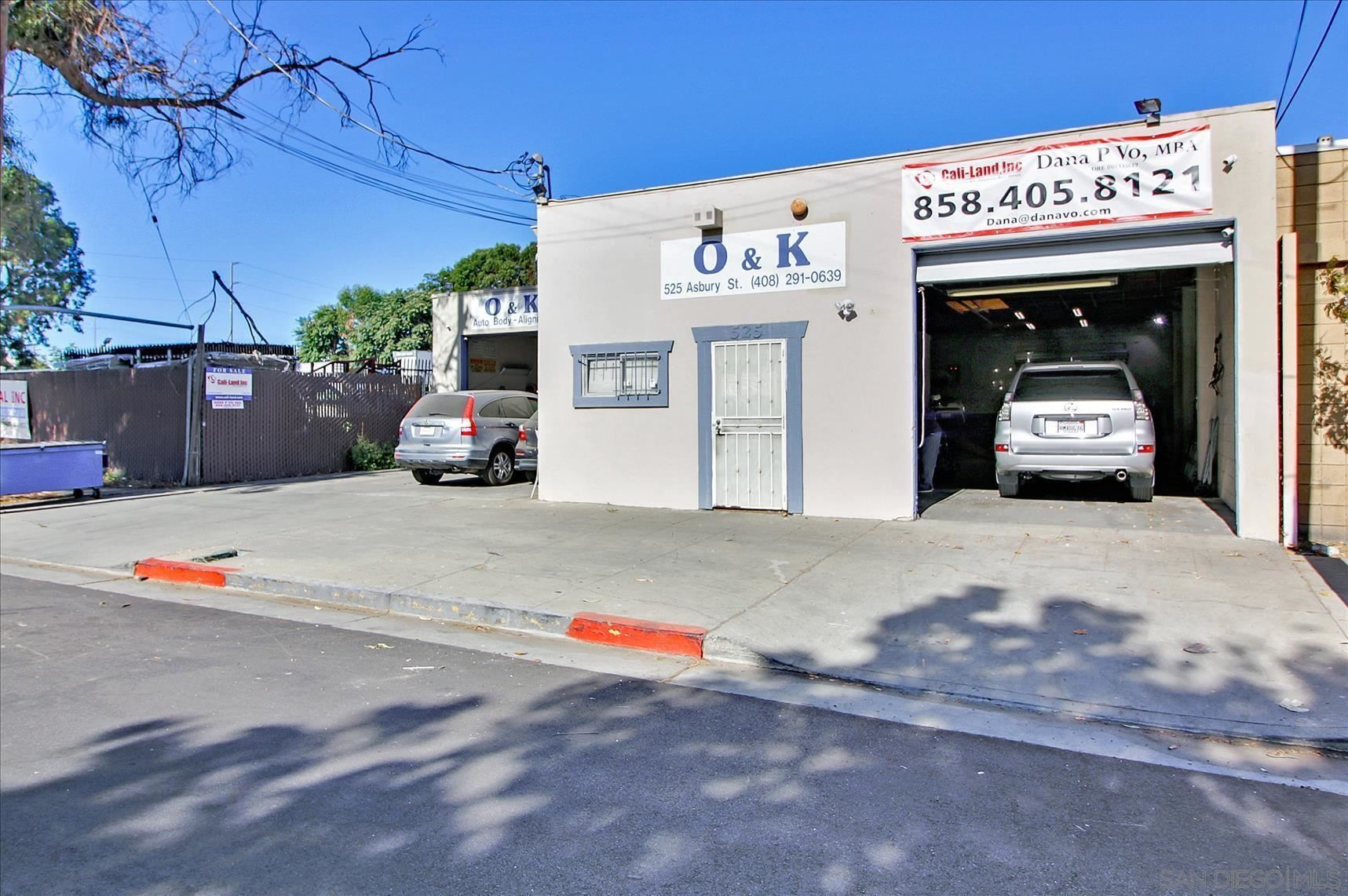 Photo of 525 Asbury St, San Jose, CA 95110 (MLS # 210025768)
