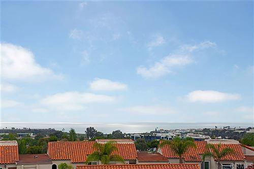 Photo of 912 Caminito Madrigal #H, Carlsbad, CA 92011 (MLS # 200029769)