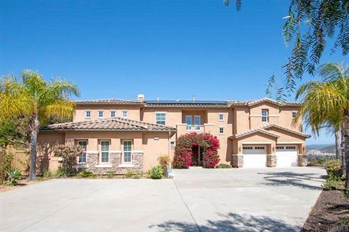 Photo of 2344 Las Ardillas, Escondido, CA 92026 (MLS # NDP2103774)