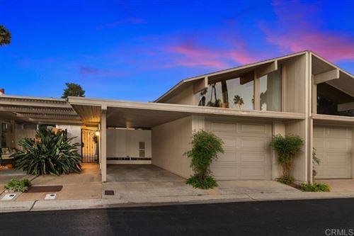 Photo of 121 Via Coronado, Rancho Santa Fe, CA 92091 (MLS # NDP2111776)