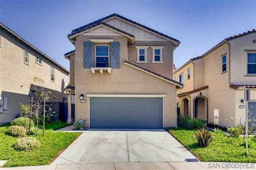 Photo of 1127 Sage Ln, Vista, CA 92084 (MLS # 210011778)