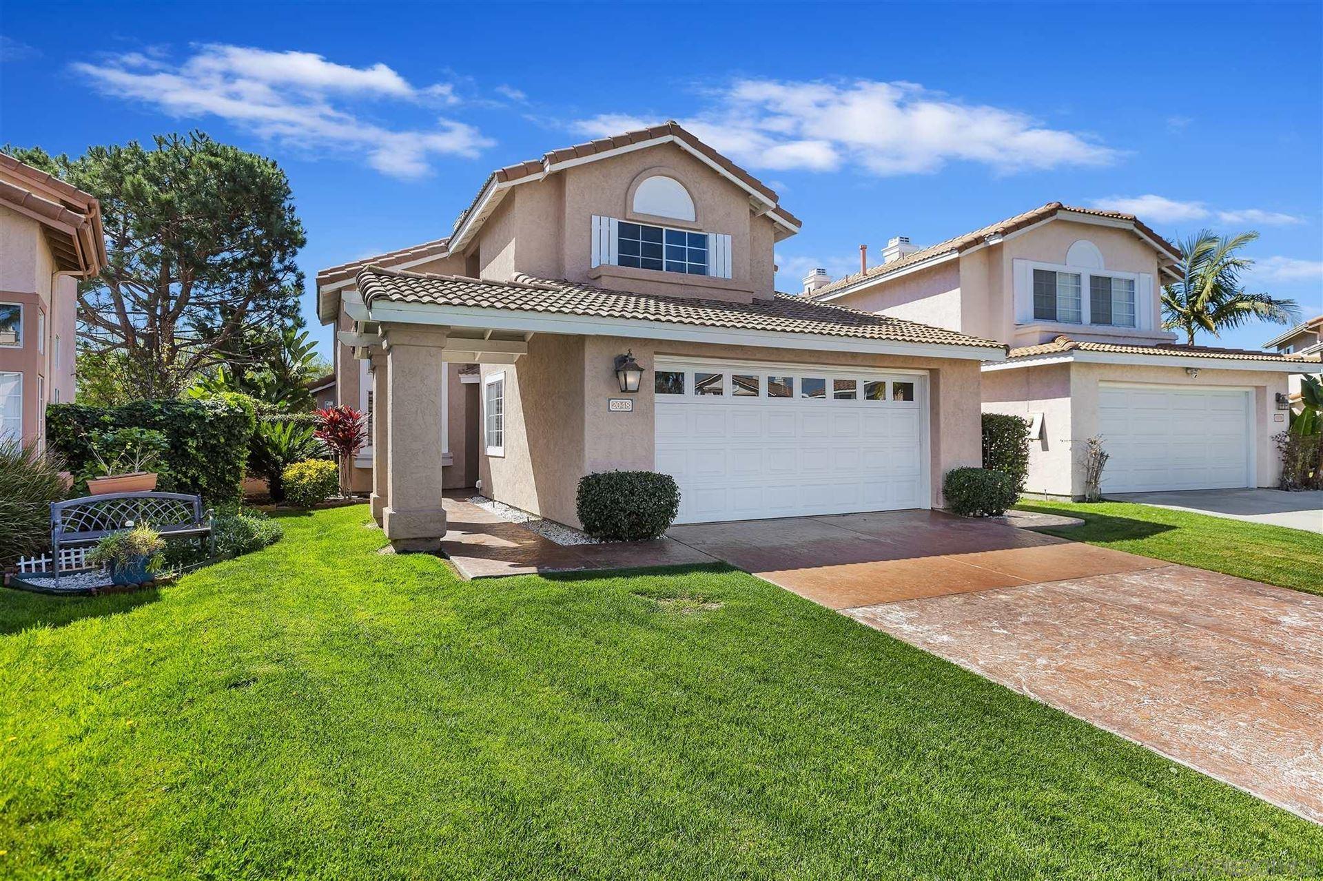 Photo of 2048 San Remo Dr, Oceanside, CA 92056 (MLS # 210005786)