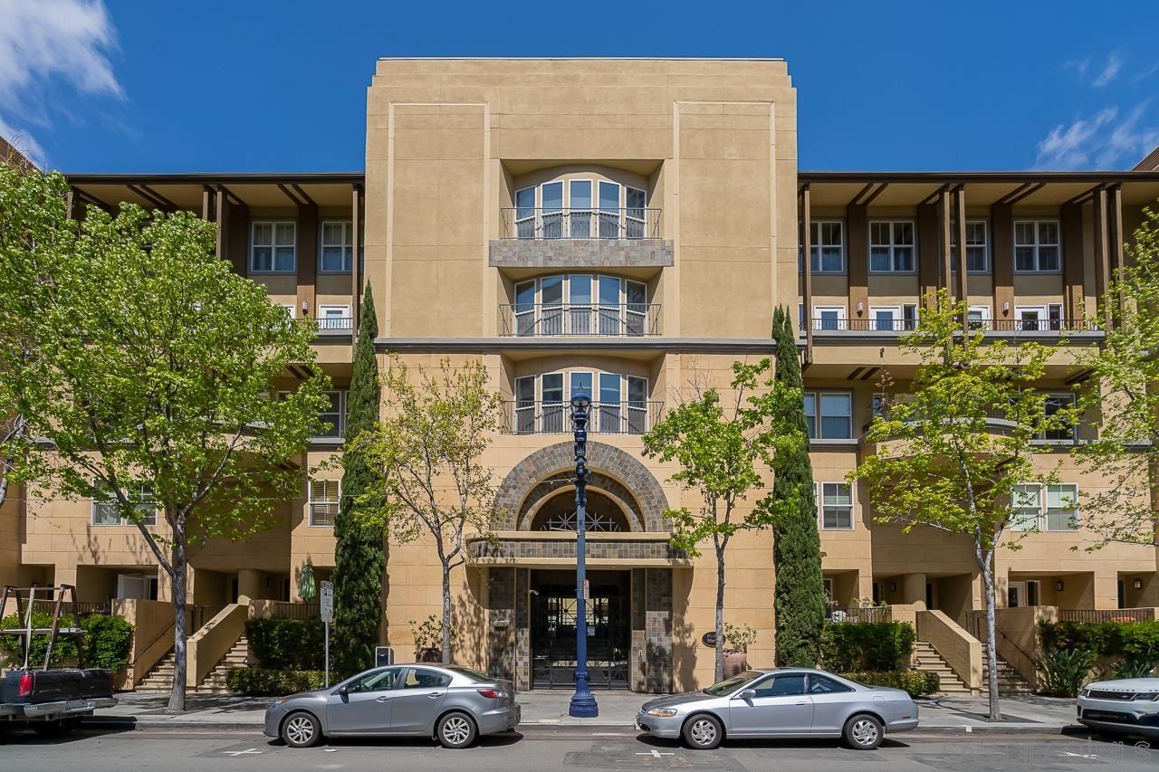 Photo for 301 W G St. #413, San Diego, CA 92101 (MLS # 210009787)
