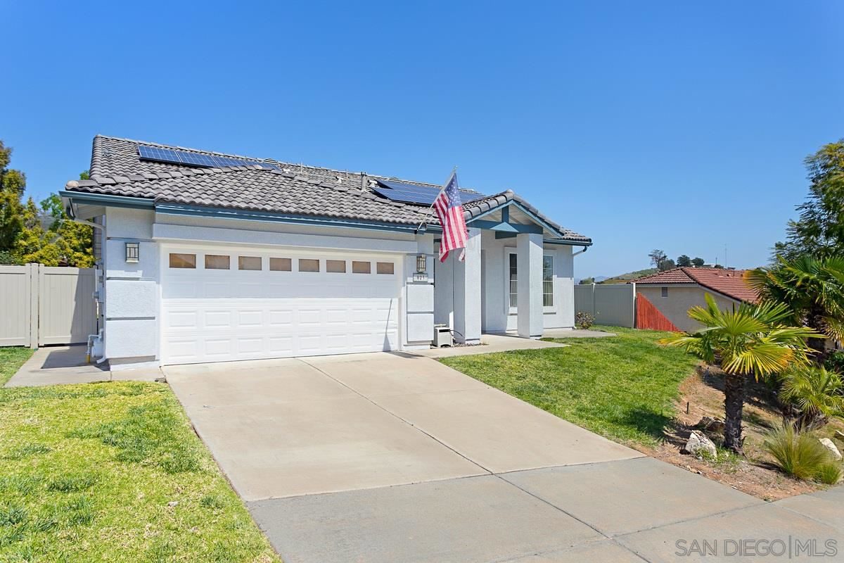 Photo of 823 River Run Circle, San Marcos, CA 92069 (MLS # 210008789)