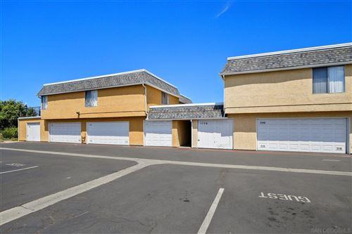 Tiny photo for 1156 Madera Ln, Vista, CA 92084 (MLS # 210015791)