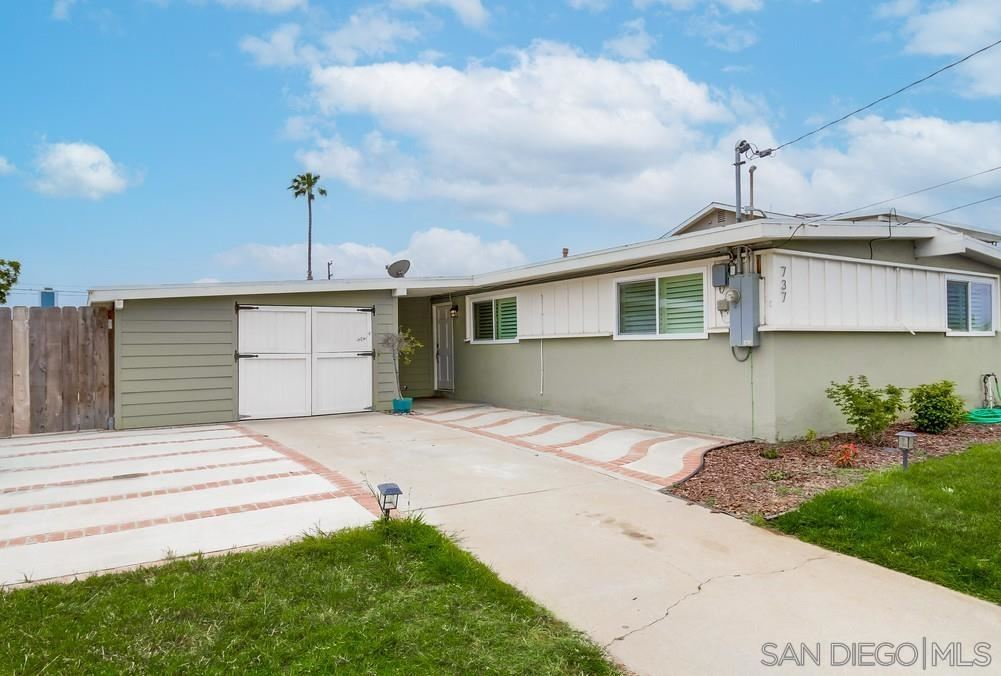 Photo of 737 Hickory, Imperial Beach, CA 91932 (MLS # 210020795)