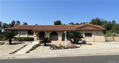 Photo of 1514 Via Christina, Vista, CA 92084 (MLS # 200034798)