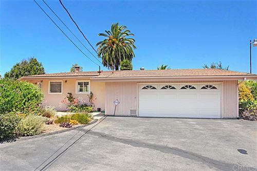 Photo of 2166 Warmlands Ave, Vista, CA 92084 (MLS # 200037798)