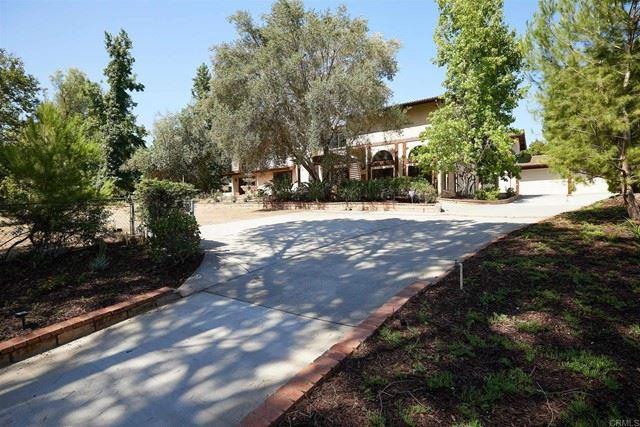 Photo of 14210 Tierra Bonita Road, Poway, CA 92064 (MLS # NDP2108802)
