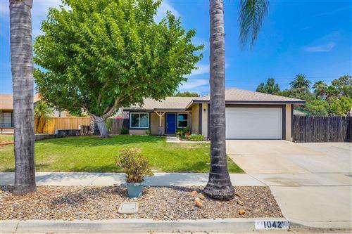 Photo of 1042 Nightingale Pl, Escondido, CA 92027 (MLS # 210020804)