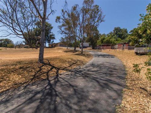Photo of 38089 De Luz Rd, Fallbrook, CA 92028 (MLS # 200030805)