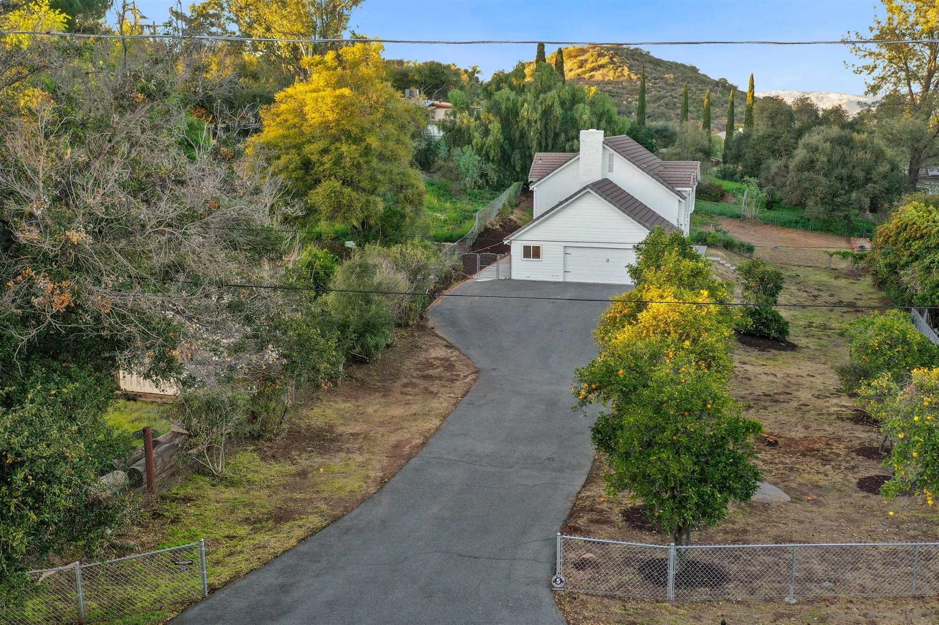 Photo of 1162 Felicita Ln, Escondido, CA 92029 (MLS # 210005808)