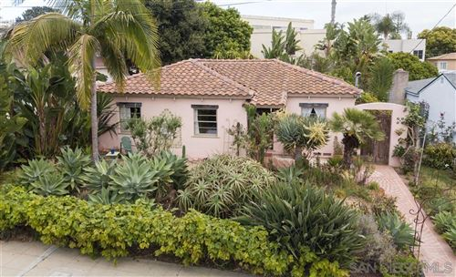 Photo of 635 Fern Gln, La Jolla, CA 92037 (MLS # 200037809)