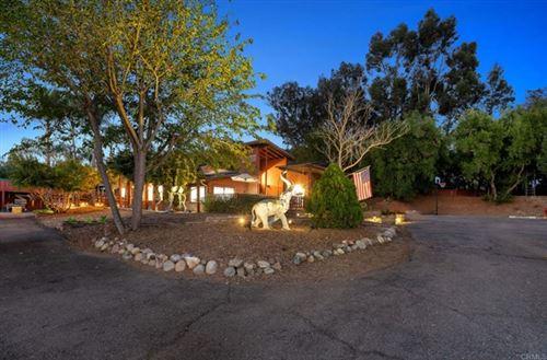 Photo of 14358 Golden Sunset Ln, Poway, CA 92064 (MLS # NDP2106811)