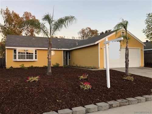 Photo of 729 Hollowglen Rd, Oceanside, CA 92057 (MLS # 200051813)