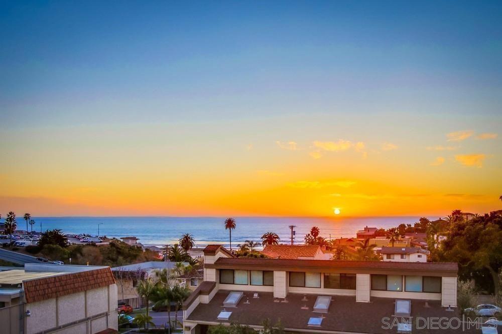 Photo of 90 N Coast Highway 101 #204, Encinitas, CA 92024 (MLS # 210020819)