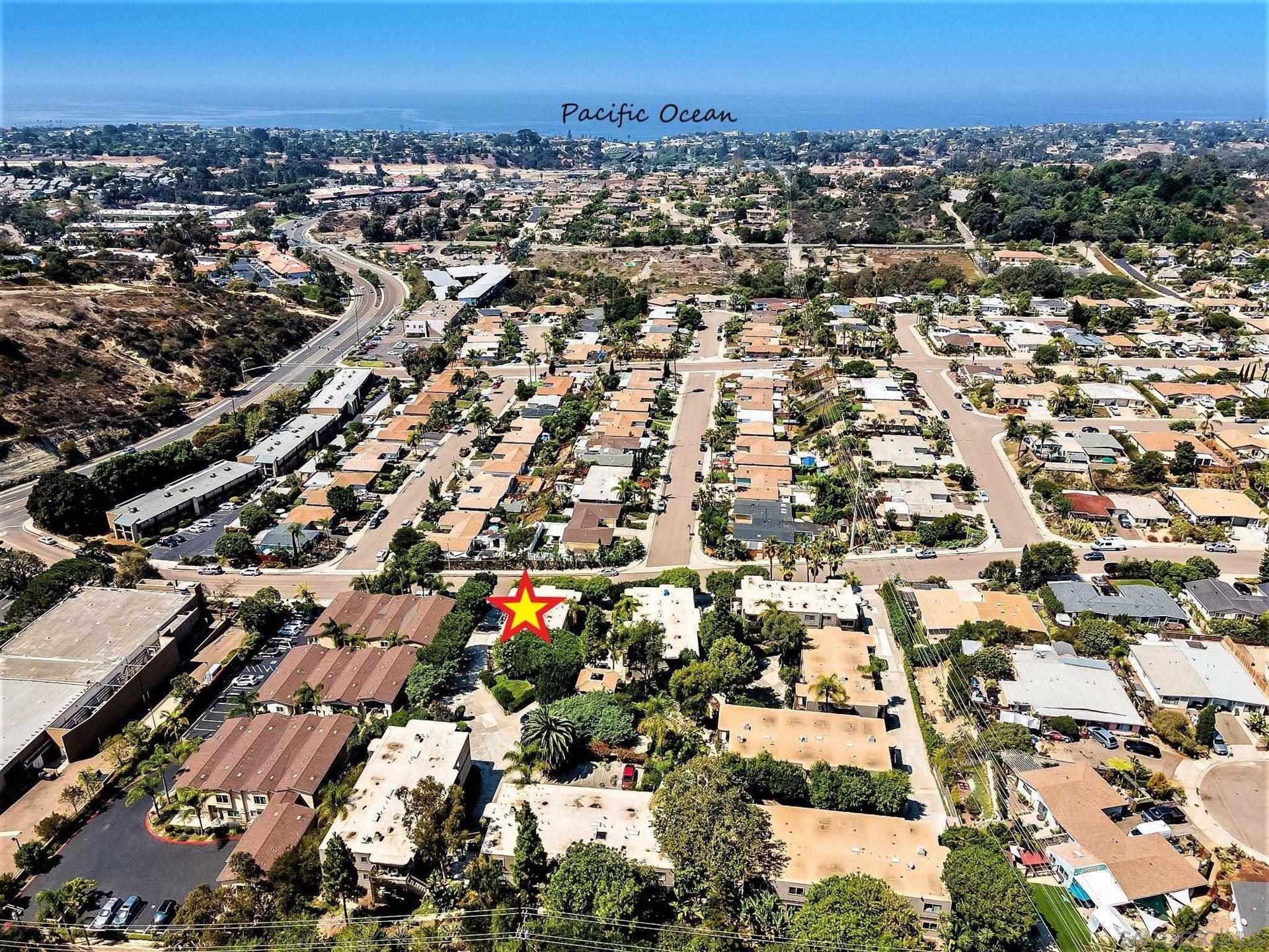 Photo of 155 Rosebay Dr #19, Encinitas, CA 92024 (MLS # 210024825)