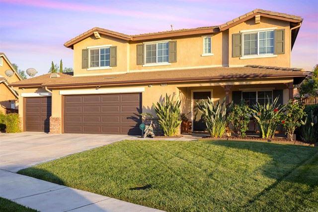 Photo of 29153 Goldenstar Way, Murrieta, CA 92563 (MLS # NDP2106833)