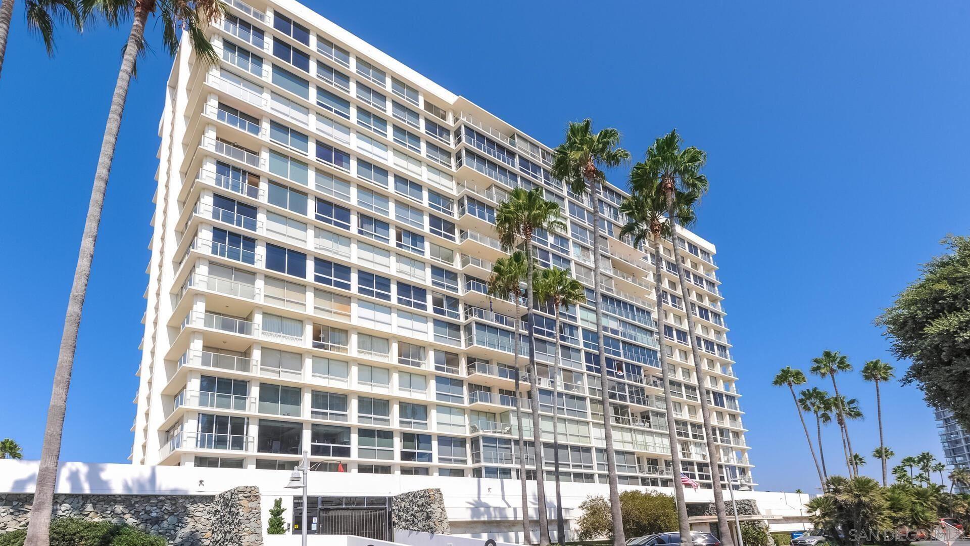 Photo of 1710 Avenida del Mundo #1407, Coronado, CA 92118 (MLS # 210020834)