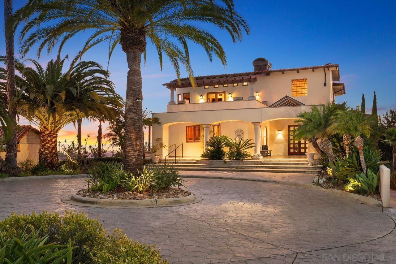 Photo for 1620 Mission Cliff Drive, San Diego, CA 92116 (MLS # 210024842)