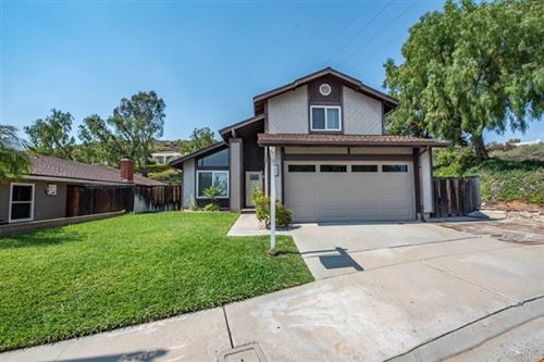 Photo of 602 Wildflower Place, Escondido, CA 92026 (MLS # NDP2106846)