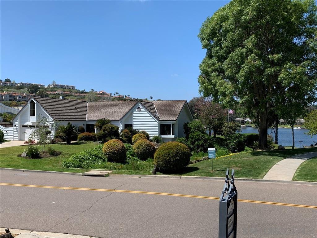 Photo of 1428 La Plaza Drive, San Marcos, CA 92078 (MLS # 200015852)