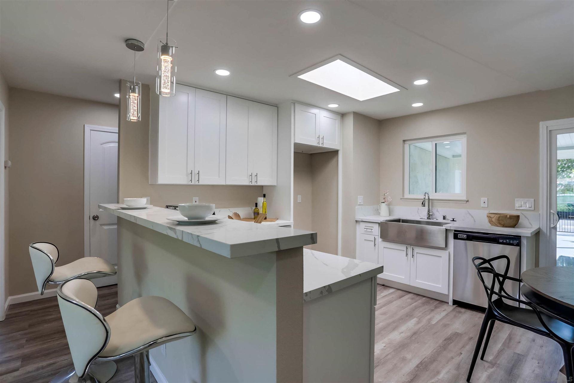Photo of 3564 Bartlett Ave, Oceanside, CA 92057 (MLS # 210025854)