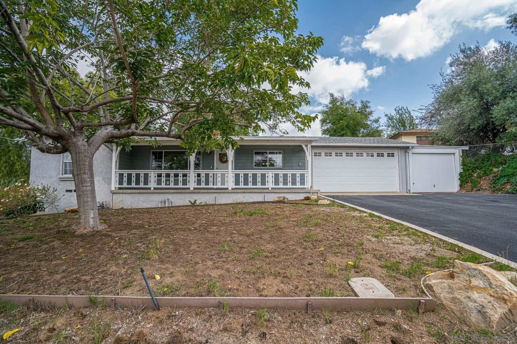 Photo of 3505 Calavo Dr, Spring Valley, CA 91978 (MLS # 210027859)