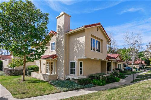 Photo of 1715 Edgefield Ln, Encinitas, CA 92024 (MLS # 210002870)