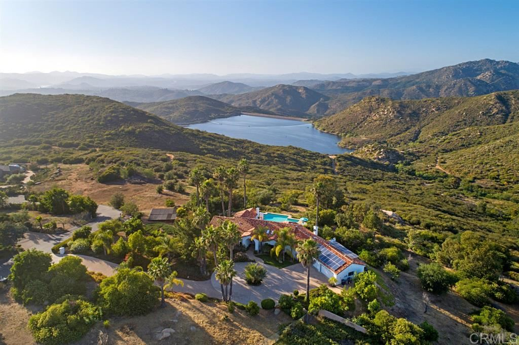 Photo of 14930 Gavan Vista Rd, Poway, CA 92064 (MLS # 200028879)