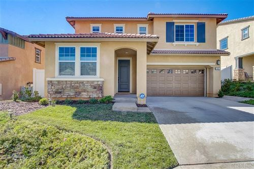 Photo of 406 Calabrese St, Fallbrook, CA 92028 (MLS # 200036881)