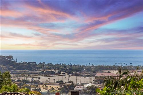 Photo of 3361 Caminito Luna Nueva, Del Mar, CA 92014 (MLS # 190062886)