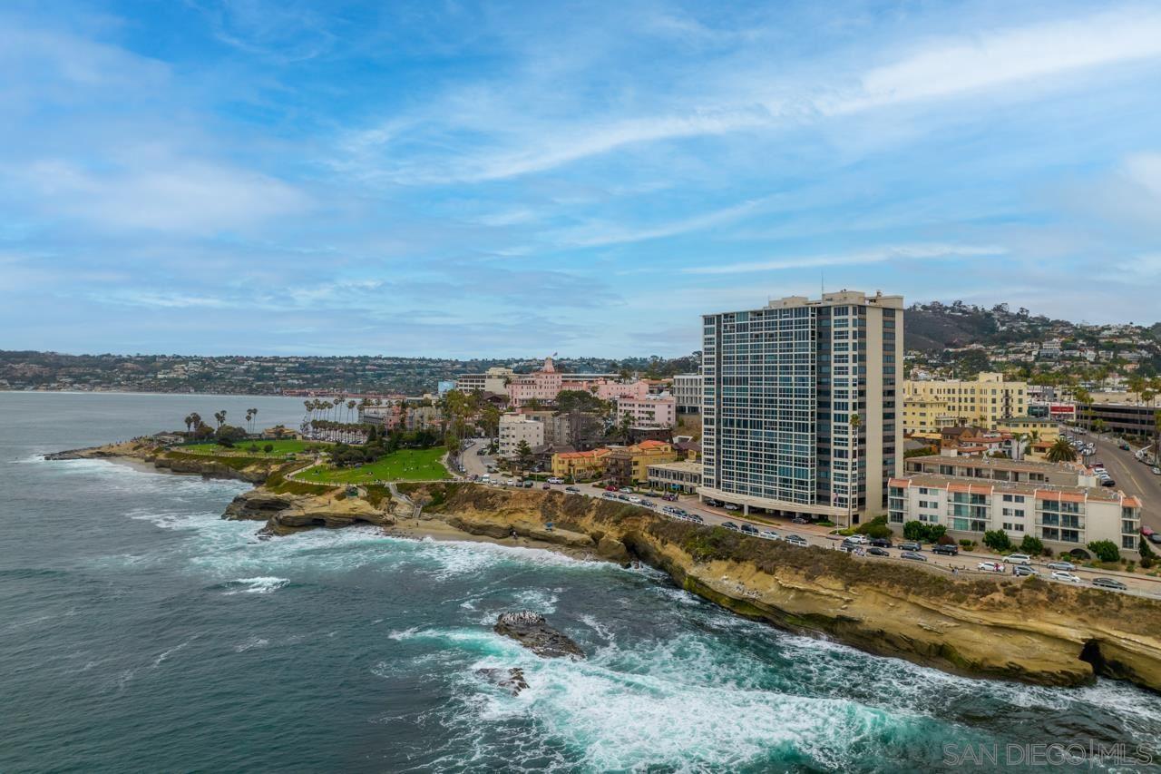 Photo of 939 Coast Blvd #6BC, La Jolla, CA 92037 (MLS # 210018886)