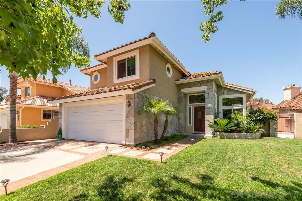 Photo of 2167 Splendorwood Pl, Escondido, CA 92026 (MLS # 200030895)