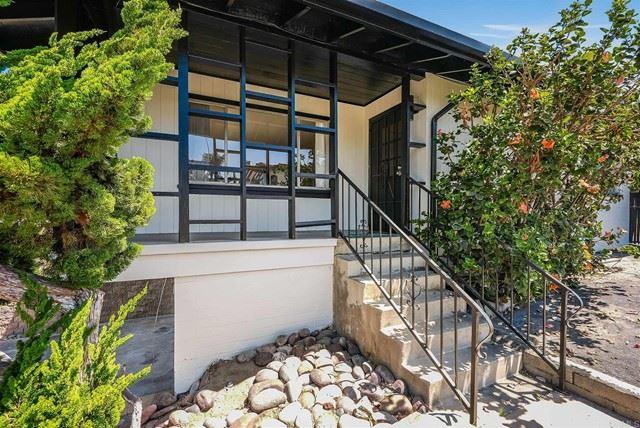 Photo of 404 Glenmont Drive, Solana Beach, CA 92075 (MLS # NDP2105900)
