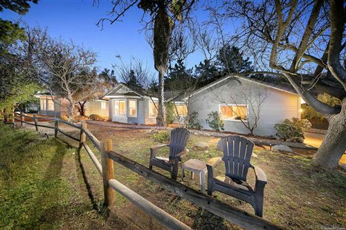 Photo of 29408 Paso Robles Road, VALLEY CENTER, CA 92082 (MLS # 210005901)