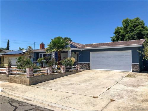 Photo of 10434 Rappaport Place, Santee, CA 92071 (MLS # 210011907)